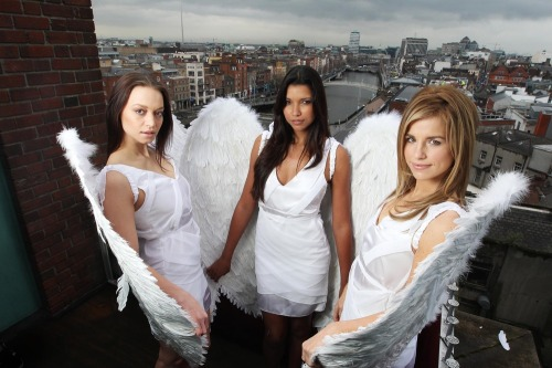 Lynx_excite_angels_land_in_dublin_max3