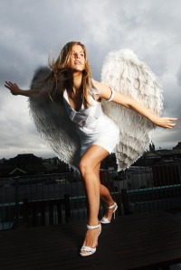 Lynx_excite_angels_land_in_dublin_max7