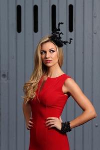 Most_stylish_lady_grand_national_rosanna_davison_max12