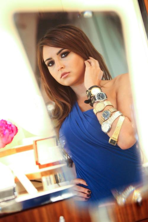 Nadia_turns_back_time_mx2