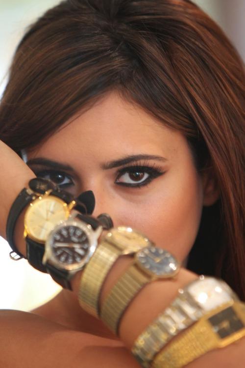 Nadia_turns_back_time_mx5