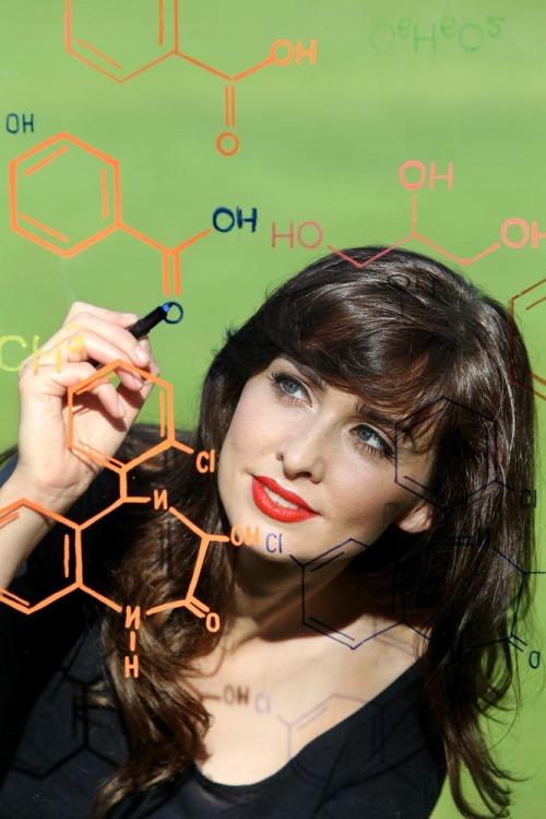 Science_week_2011_chemistry_of_life_mx01