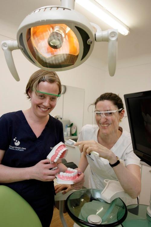 Charlie_weston_story_-_dentist_max3