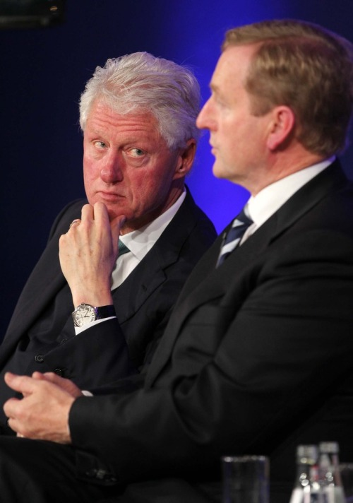 Clinton_global_irl_ecomonic_forum_mx12