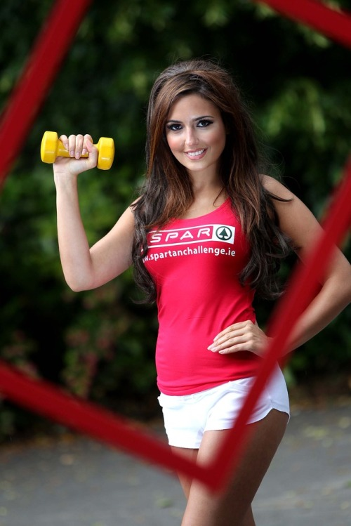 Nadia_forde_limbers_up_for_spar_spartan_challenge_mx4
