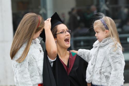 Biz_dsk_imi_ucc_graduations_mx-3
