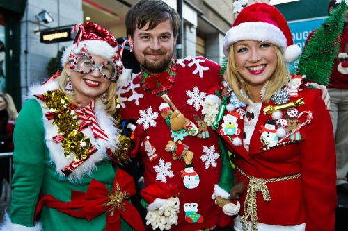 No_fee_christmas_jumper_world_record_mx-3