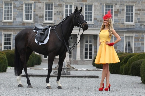 Most_stylish_lady_2012_ladbrokes_mx8