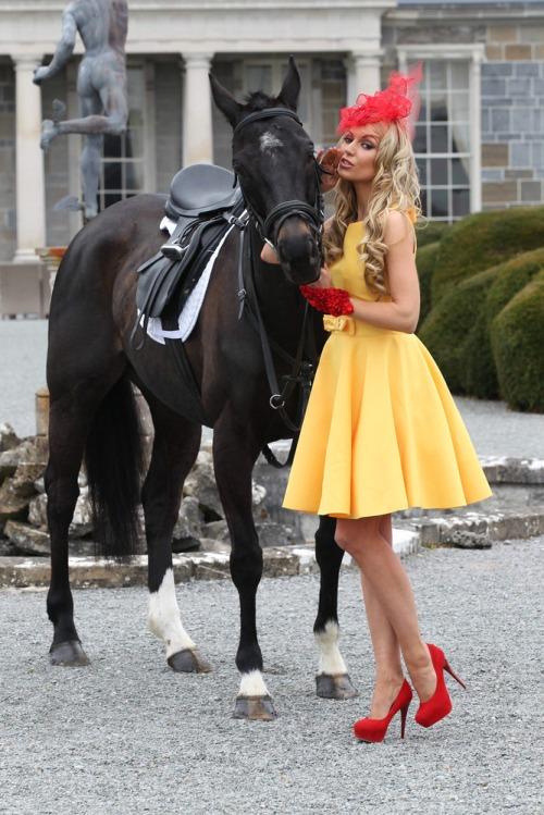 Most_stylish_lady_2012_ladbrooks_mx7