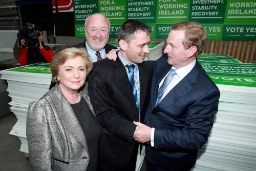 Taoiseach_stability_treaty_posters_mx6