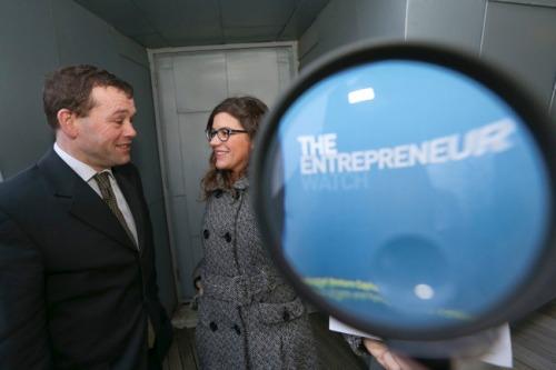 Biz_dsk_dcu_ryan_academy_entrepreneur_report_mx-9